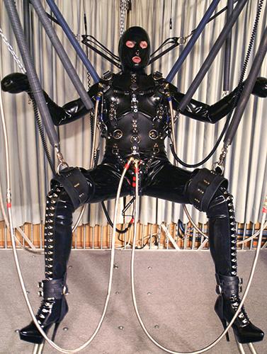 Jg leathers seroius bondage
